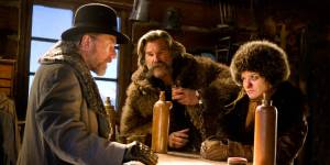 Tim-Roth-Kurt-Russel-og-Jennifer-Jason-Leigh-i-The-Hateful-Eight