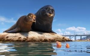 Finding-Dory-Fluke-Rudder-Screencap-Pixar-Post